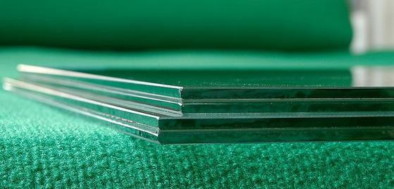 添加聚乙烯醇缩丁醛制作的夹层玻璃效果拔群